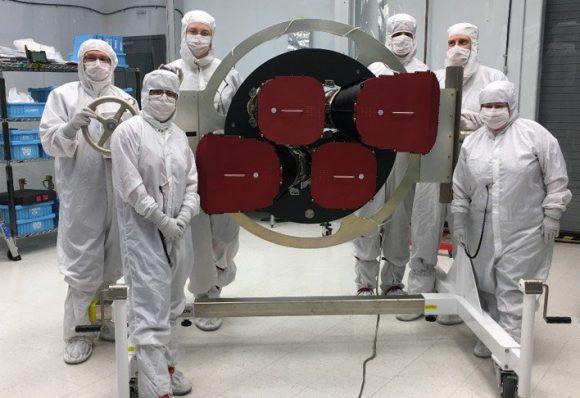 Las cámaras de TESS recientemente instaladas en el satélite (NASA).