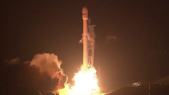 Lanzamiento del Falcon 9 (SpaceX).