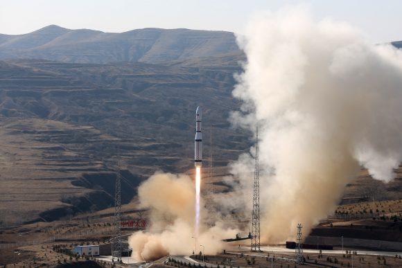 Lanzamiento de tres satélites jilin 1 (Xinhua).