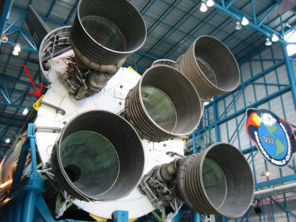 La etapa S-IC con cinco motores F-1 de un Saturno V que no llegó a volar (Eureka).