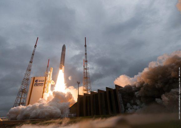 Lanzamiento de la VA240 (Arianespace).