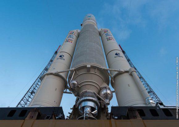 El Ariane 5 de la misión VA2399 (Arianespace).