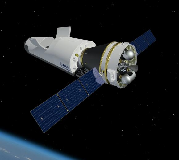 SpaceRider unido al módulo de servicio (ESA).