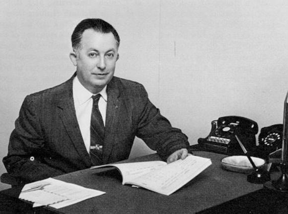 El físico Homer Joe Stewart dirigió en 1955 el comité para decidir cómo se pondría en órbita el primer satélite de EEUU (NASA).