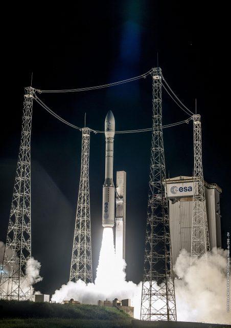 El cohete Vega ha heredado muchas de las características de los programas ADL, ESL y ACLV (Arianespace).