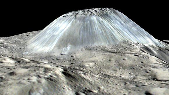 Ahuna Mons. El relieve vertical ha sido exagerado (NASA/JPL-Caltech/UCLA/MPS/DLR/IDA).