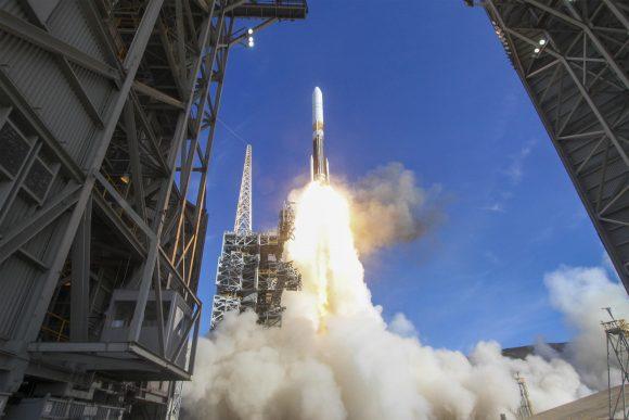 Lanzamiento del NROL-47 (ULA).