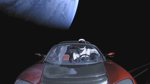 Starman en el Roadster (SpaceX).