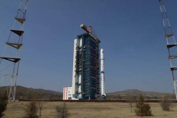 El cohete en la rampa (Xinhua).
