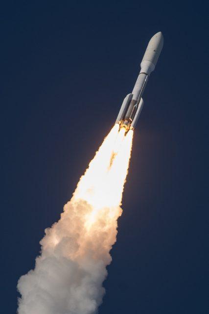 Lanzamiento del GOES-17 (ULA).