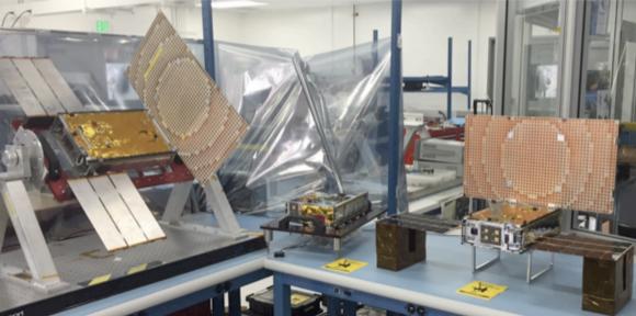 Los dos cubesats &U MarCO (NASA).