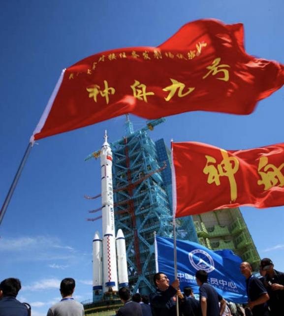 ¿Cuántos satélites operativos tienen Rusia y China?