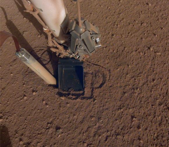 Marte es un lugar duro... para el «topo» de InSight