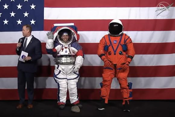 Los nuevos trajes lunares de la NASA... que no son nuevos