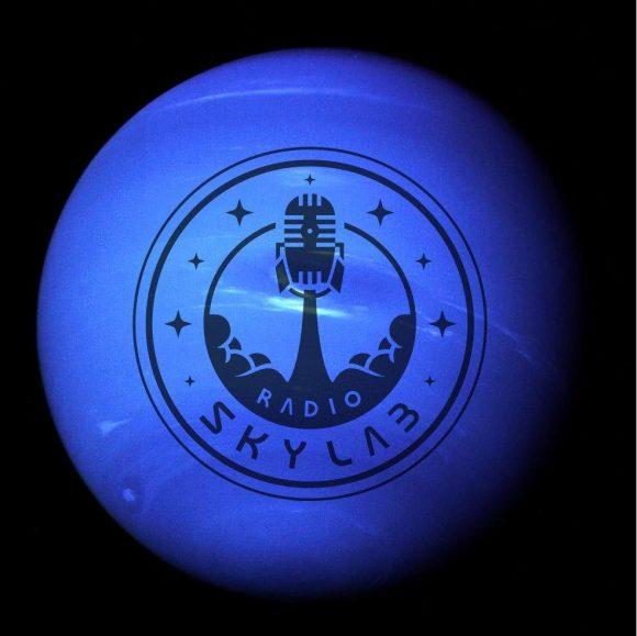 Radio Skylab 79: hiperbólico