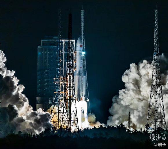 Tercer lanzamiento del cohete chino Larga Marcha CZ-5