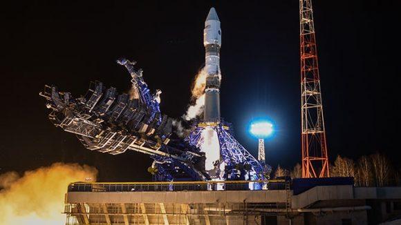 Dos satélites rusos a la «caza» de un satélite espía estadounidense