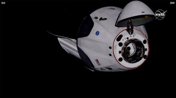 Acoplamiento de la Crew Dragon 'Endeavour' con la ISS
