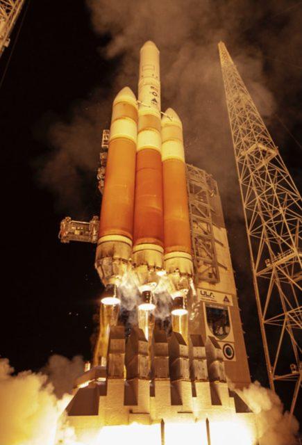Un enorme satélite estadounidense para espiar las comunicaciones enemigas: lanzamiento del décimo Orion mediante un Delta IV Heavy