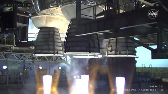 El SLS cobra vida: prueba abortada de la etapa central del cohete de la NASA