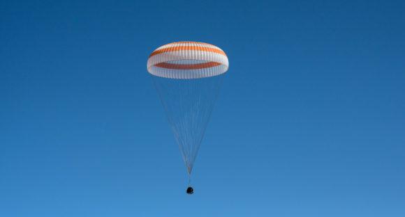Regreso de la Soyuz MS-17