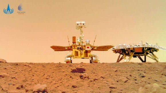 El rover chino Zhurong se hace un 'selfie' en Marte