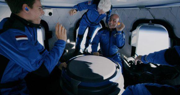 El primer vuelo tripulado del cohete New Shepard de Blue Origin