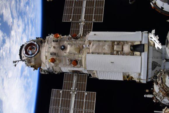 El módulo ruso Nauka se acopla con la ISS
