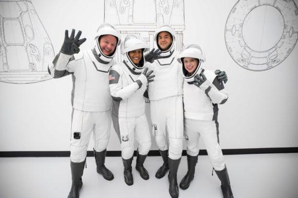 Lanzamiento de Inspiration4, la primera misión orbital formada solo por astronautas no profesionales